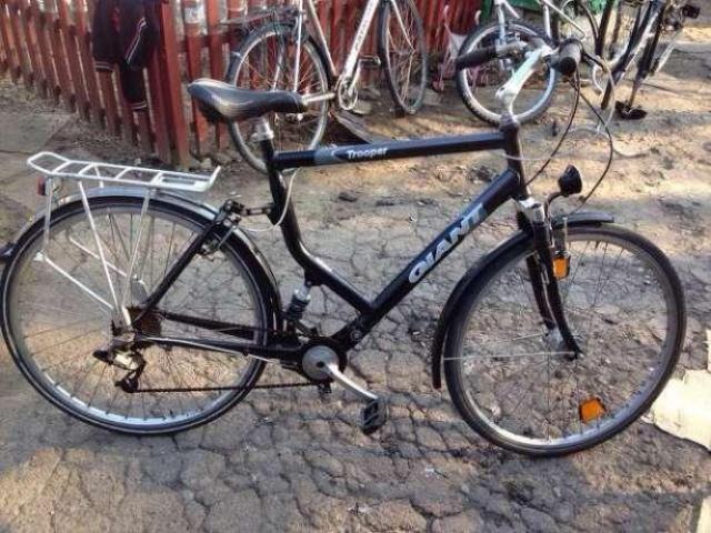 Продам взрослый велосипед GIANT Trooper б/у