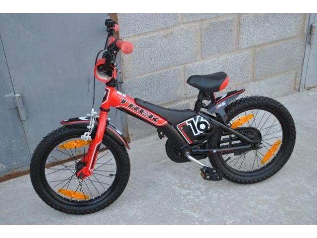 Продам почти новый детский велосипед Trek Jet 16