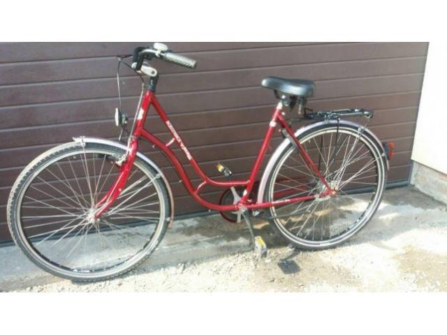 Продам женский велосипед на 28 колесах